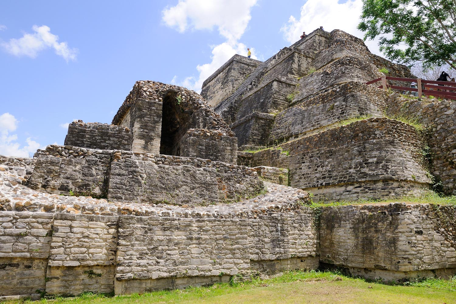 Belize Cruise Tours